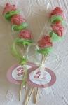 Brochetas de chuches con Rosas Variadas Pareja-Rosas