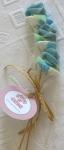 Brochetas de chuches con Rosas Variadas Rosa-Azul